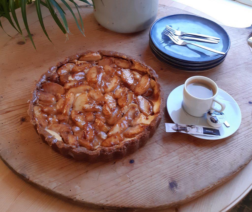 taart –  cheesecake appel & karamel